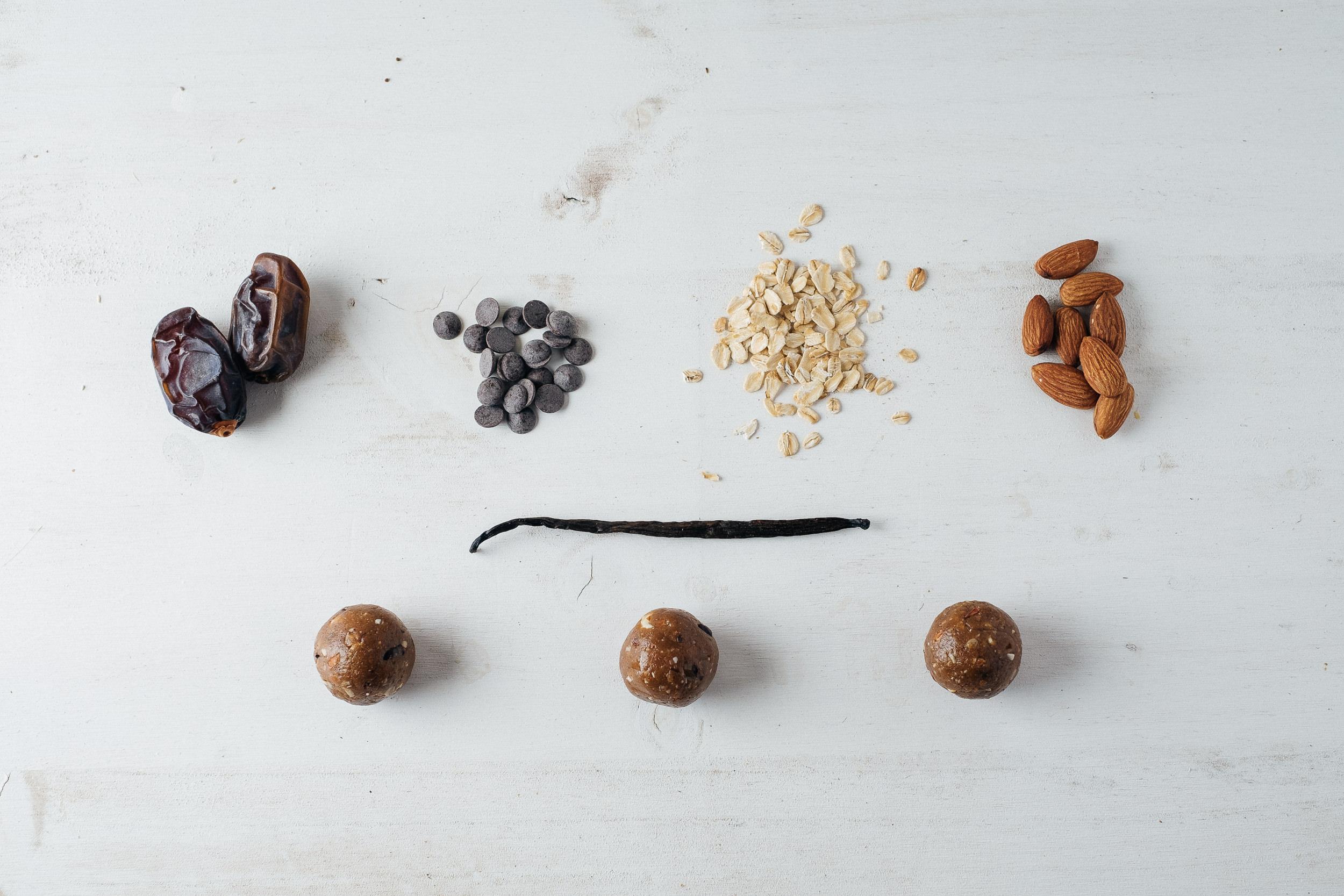 Vegan Balls de almendra y nibs de cacao